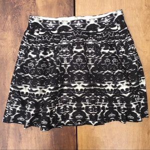 J Crew Blurred Ikat Pleated Skirt   Black White 4